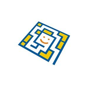 儿童休闲娱乐行业益智笑脸迷宫logo标志