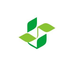 绿色风车清洁能源标志logo设计