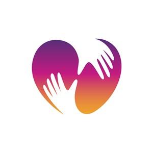 医疗机构logo设计-爱心双手拥抱元素logo图标素材下载