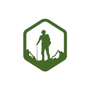 绿色人物六边形登山矢量logo图标素材下载