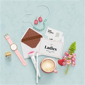时尚化妆品护肤品包装设计模板样机