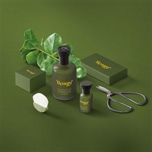 时尚绿色化妆品包装设计样机模板