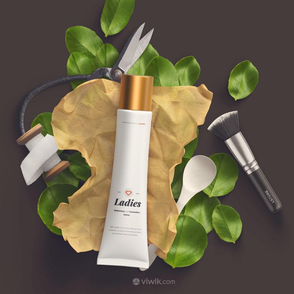 时尚化妆品护肤品包装设计样机模板