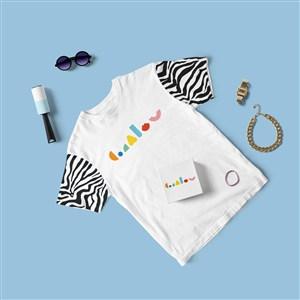嬰幼兒品牌VI服飾樣機