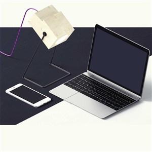 创意办公桌面笔记本电脑样机