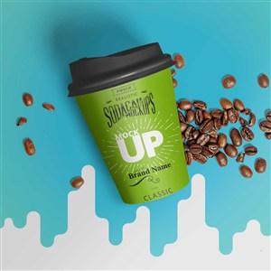 绿色咖啡杯贴图样机