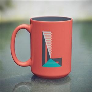 红色咖啡杯马克杯贴图样机