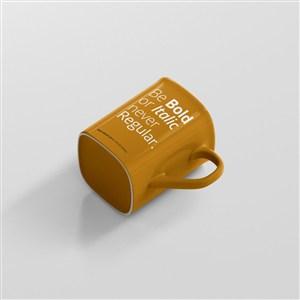 黄色咖啡杯贴图样机