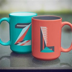 咖啡杯马克杯字母贴图样机