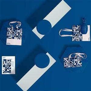 蓝色印花帆布袋手提袋贴图样机