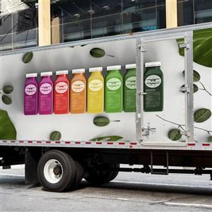 果汁饮料汽车车身广告贴图样机