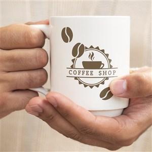 双手捧咖啡杯贴图样机