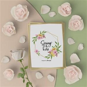 玫瑰花中间的相框贴图样机