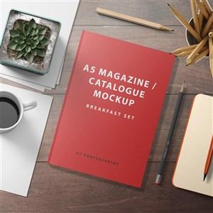 红色A5杂志目录贴图样机