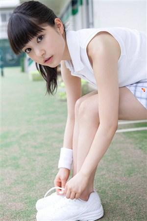 系鞋带运动mm日本美女制服诱惑图片