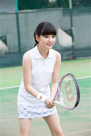 穿超短裙打棒球mm日本美女制服诱惑图片