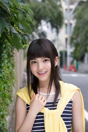 甜美条纹超短裙mm日本美女制服诱惑图片