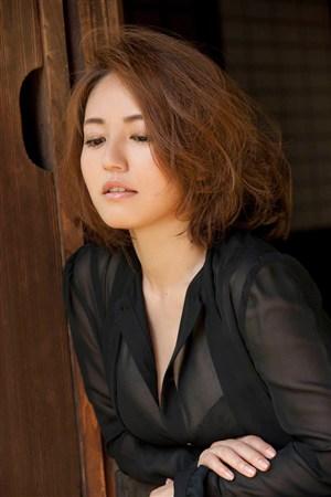 办公室OL日本美女制服诱惑图片