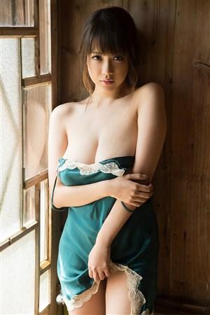脱裙撩人撩骚日本美女寂寞少妇的诱惑图片