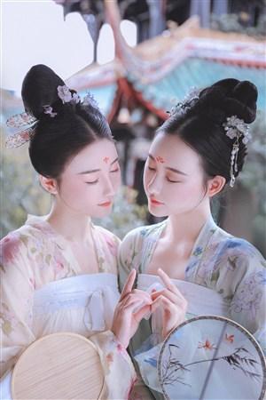 雙胞胎古裝美女壁紙