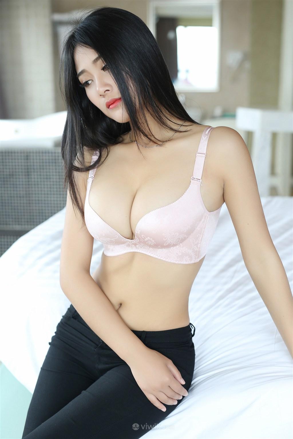 巨乳性感美女嫩模写真
