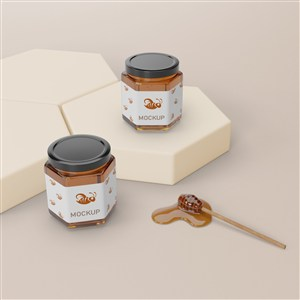 六邊形展臺和兩瓶六邊形密封玻璃瓶蜂蜜包裝貼圖樣機