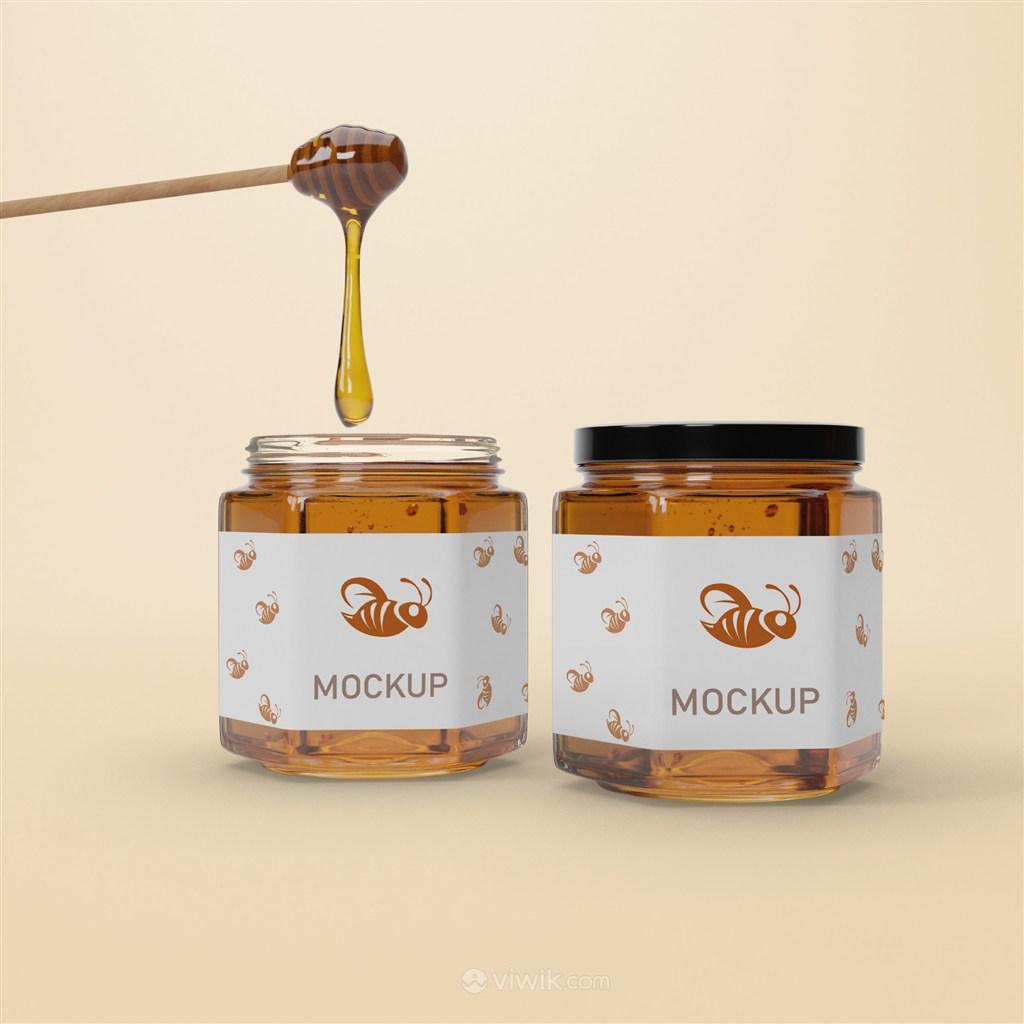 两瓶六边形密封玻璃瓶蜂蜜包装贴图样机