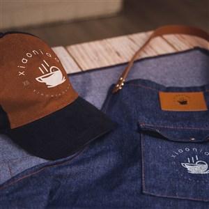 蓝色牛仔围裙工作服帽子贴图样机