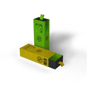 拉开的黄色包装盒盒竖立的绿色包装盒纸盒贴图样机