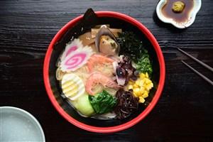 日本料理美食日式豚骨拉面图片