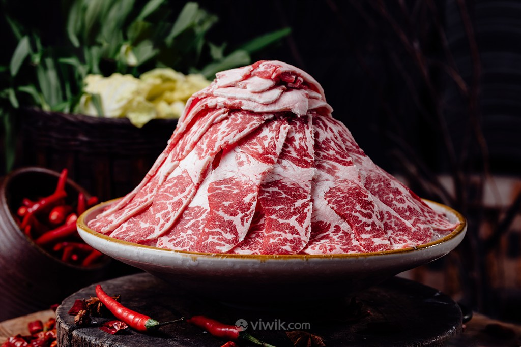 高级精品雪花肥牛火锅美食图片