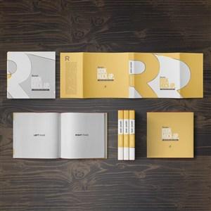 正方形书本画册装帧设计样机