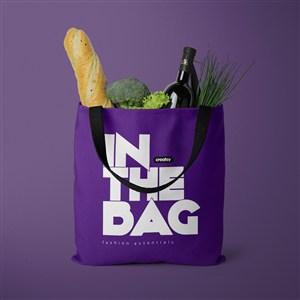 装了法棍和蔬菜的紫色环保购物袋贴图样机